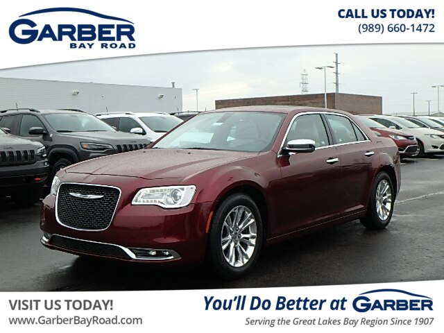 Pre-Owned 2017 Chrysler 300C 300C