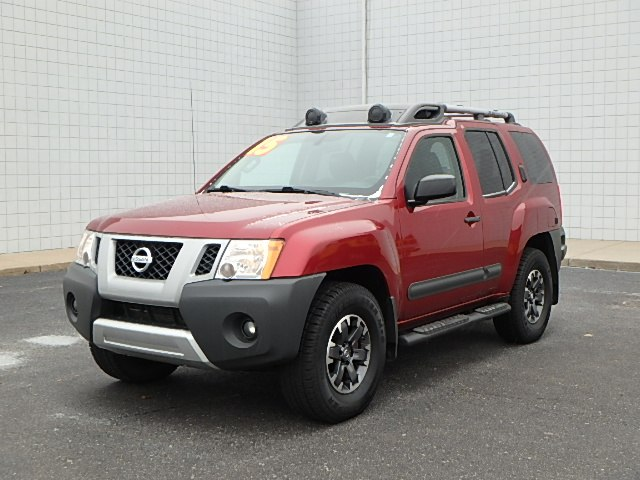 Pre-Owned 2015 Nissan Xterra