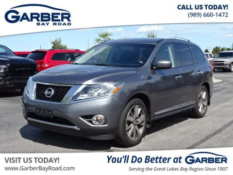 Pre-Owned 2015 Nissan Pathfinder 4WD