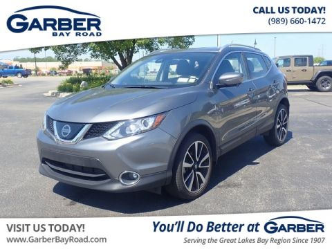 Pre-Owned 2018 Nissan Rogue Sport SL With Navigation & AWD